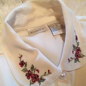 Vintage button up blouse